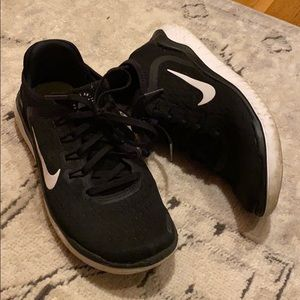 Nike Shoes - NIKE Running shoes 🏃♀️